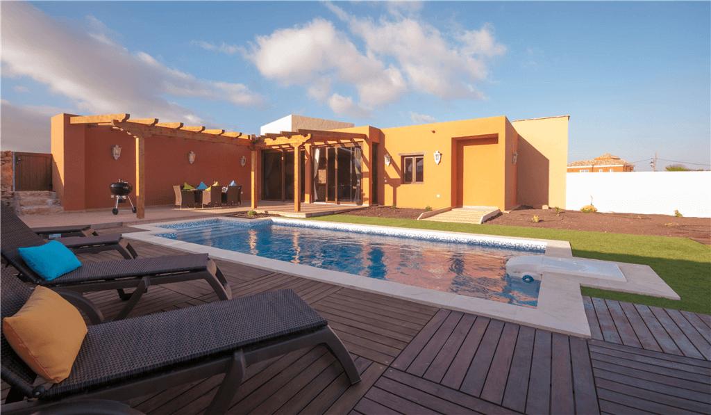Casa rural con piscina privada en tuineje fuerteventura for Casa rural con piscina privada