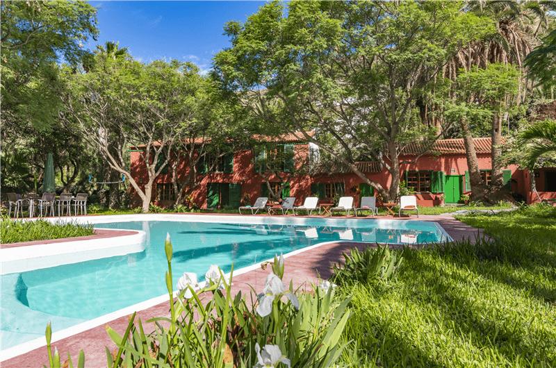Habilite javascript for Apartamentos con piscina privada vacaciones