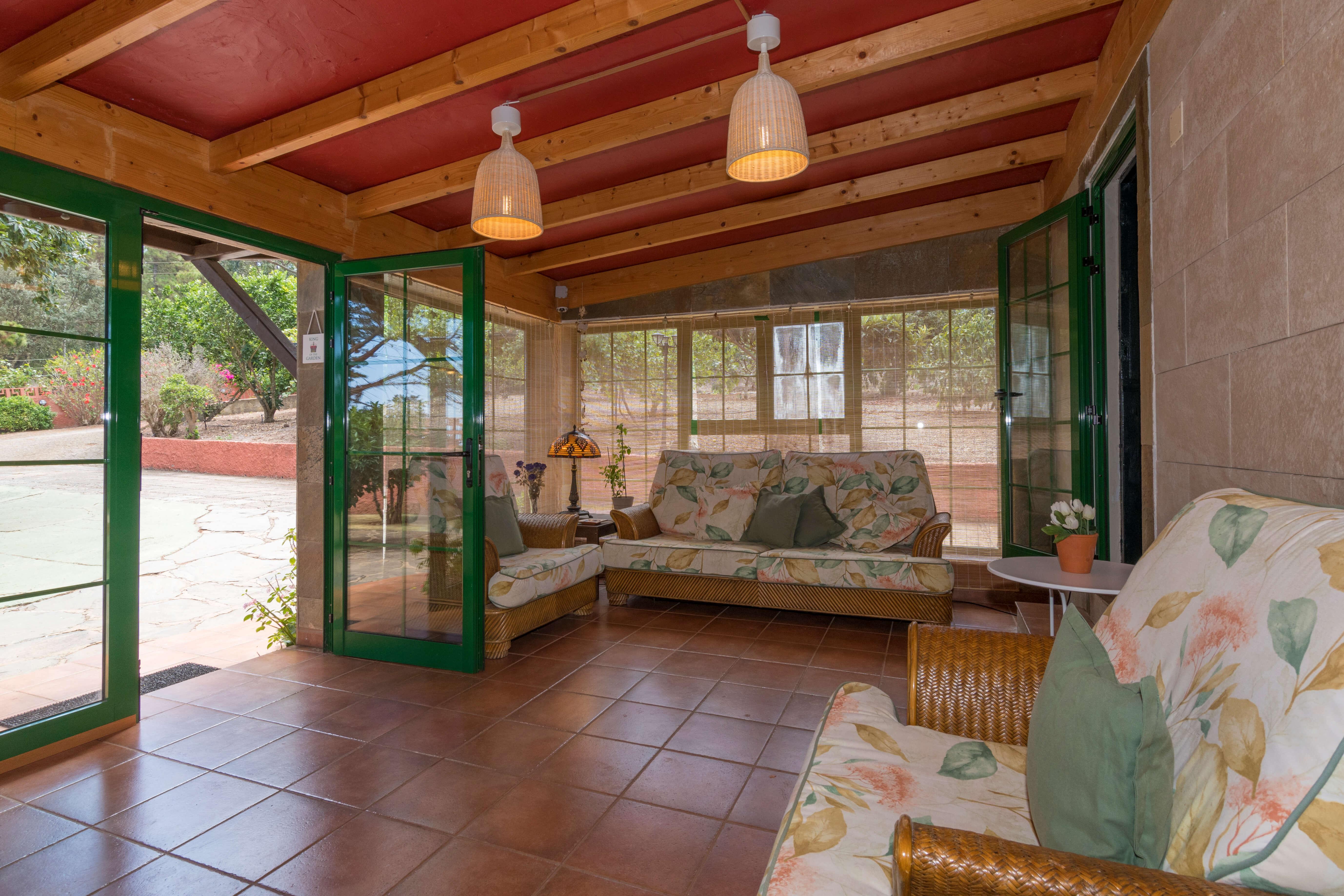 ferienhaus mit privatem pool in caideros gran canaria. Black Bedroom Furniture Sets. Home Design Ideas