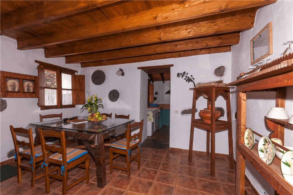 Casa rural con piscina compartida en valleseco gran - Casas rurales e ...