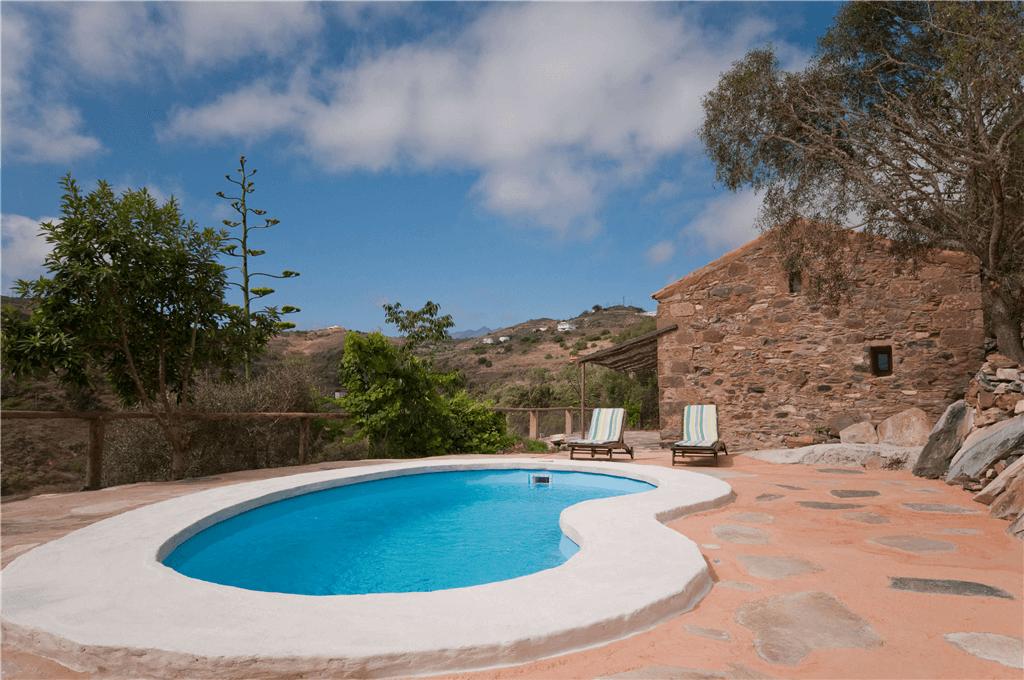 casa rural con piscina privada en las palmas gran canaria